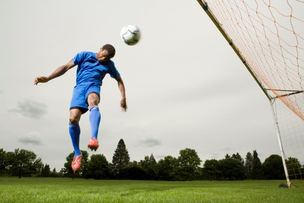 Head Impacts in Soccer Lead to Moderate to Severe CNS Symptoms