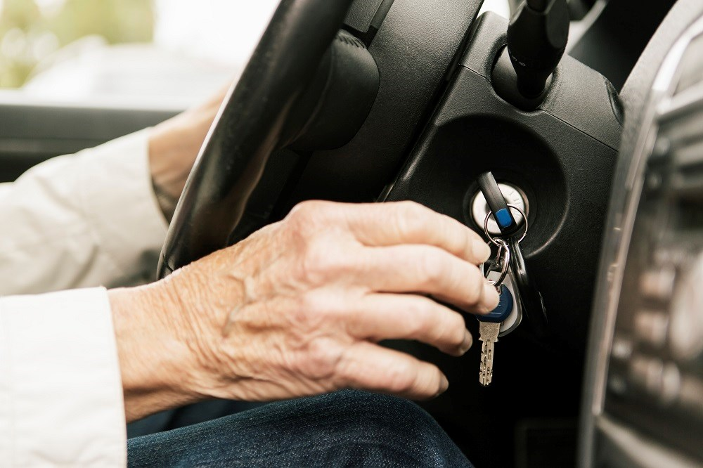 No formal mechanisms exist for retesting of driving skills or mandatory cessation of driving for reasons associated with dementia.