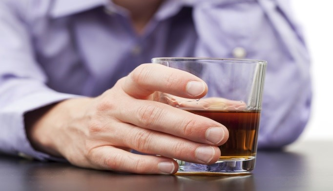 Alcohol use disorders were significantly associated with all other risk factors for onset of dementia.