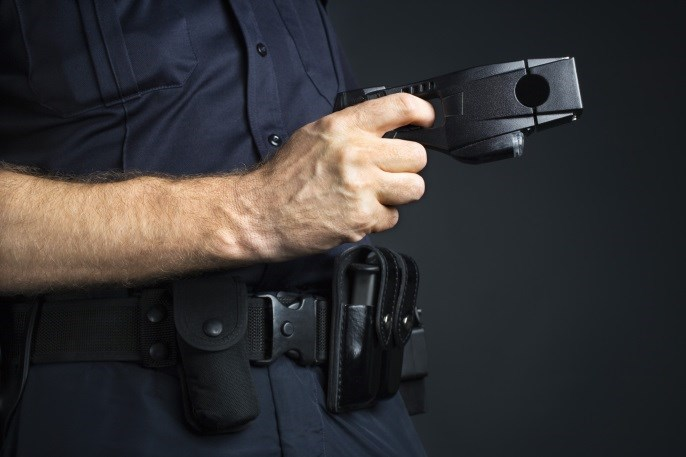 Stun Gun Shock May Cause Acute Cognitive Impairment