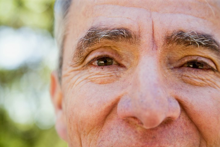It remains unclear whether ocular tremors are inherent in Parkinson's or not.