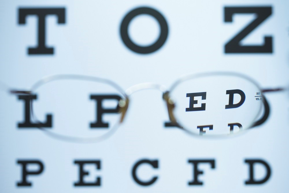 Visual Impairment Linked to Cognitive Dysfunction in Seniors