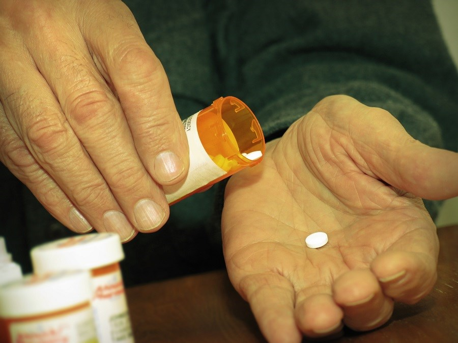 Opioid Prescriptions Up With Low Socioeconomic Level
