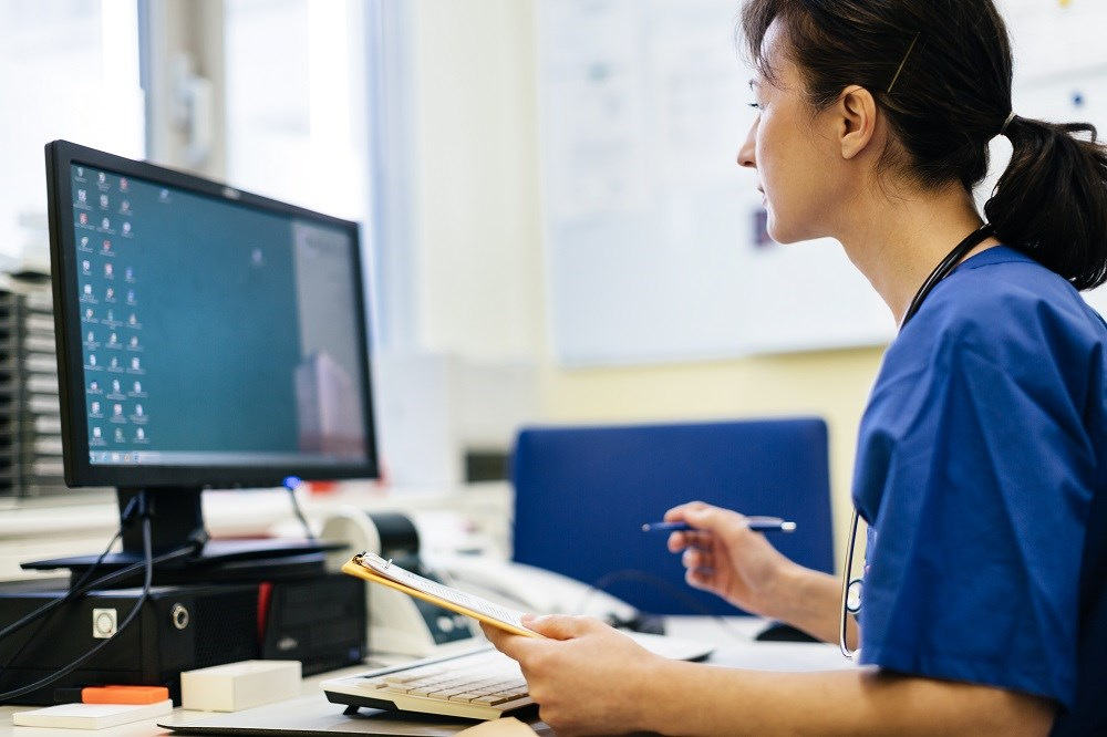 Four Pros to Integrating EHR, Practice Management Software