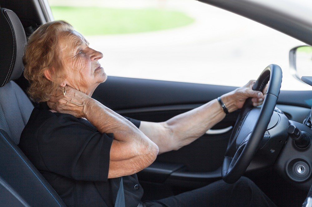Vision tests and in-person renewals are significantly linked to reduced prevalence of dementia in older adults hospitalized after a car crash.
