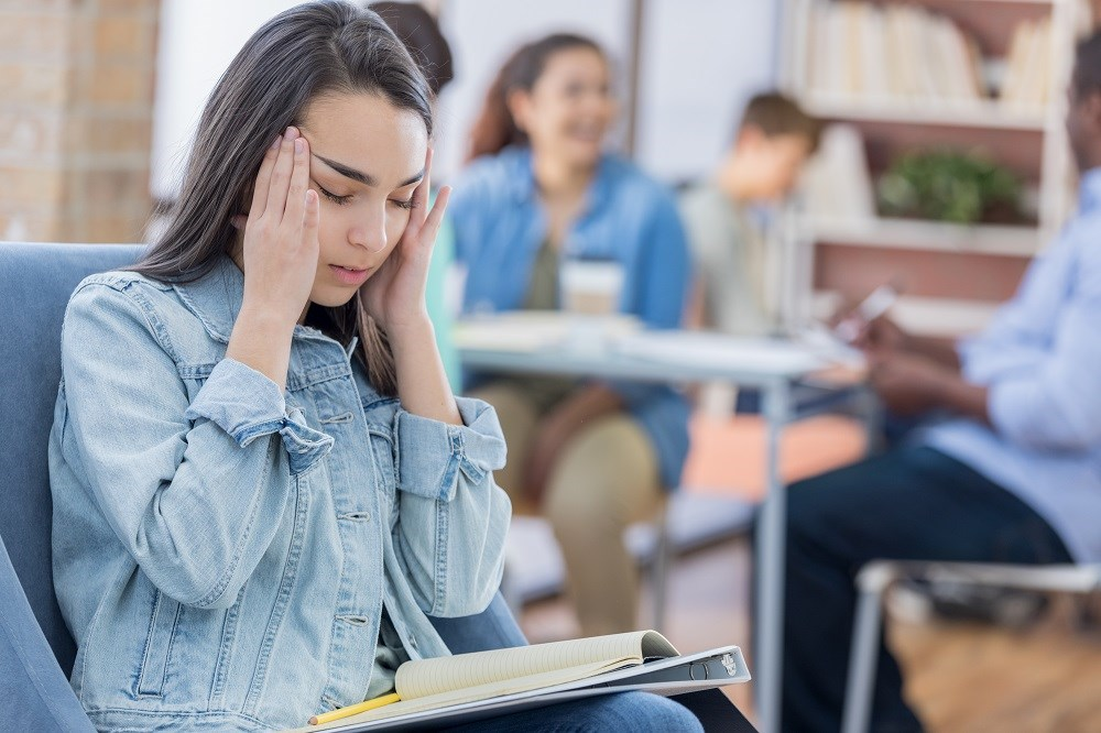 Clinicians should consider developing and implementing patient education programs focused on chronic headache.