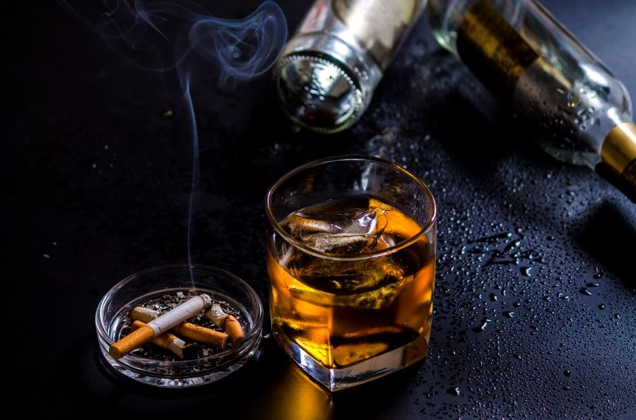 Interaction of Alcohol, Smoking on Multiple Sclerosis Severity