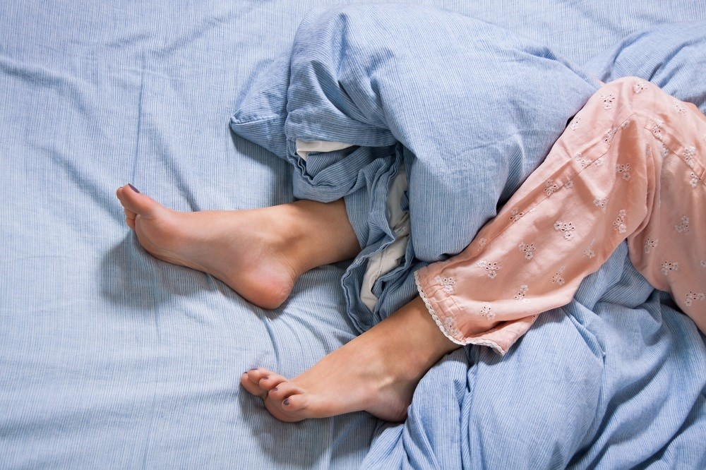 On average, there was a significant 7.5% decrease in cortical thickness in the bilateral postcentral gyrus among patients with restless leg syndrome.