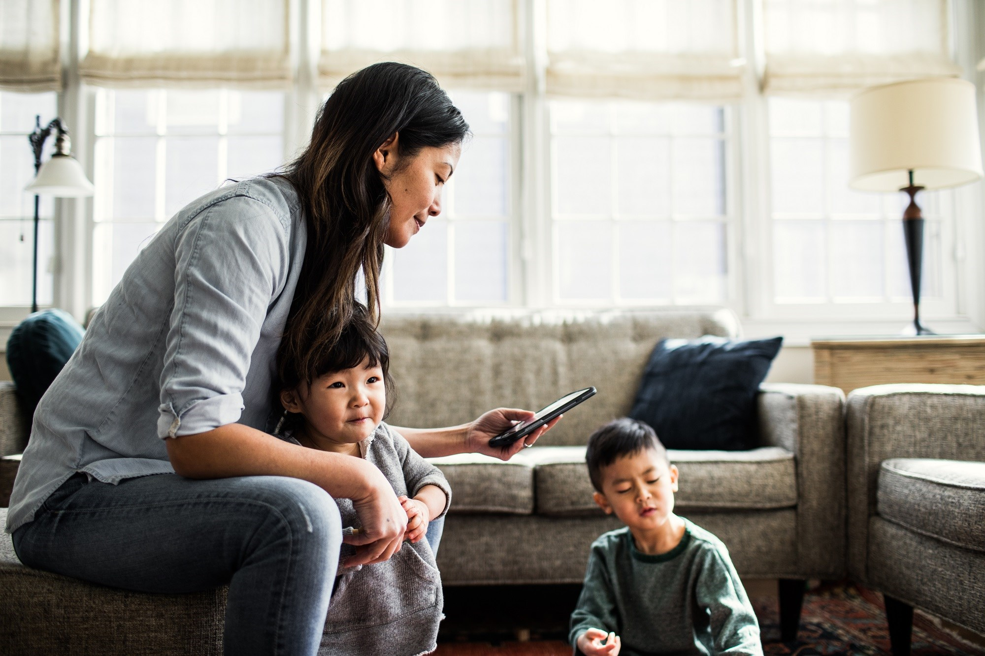 Parents' Technology Use Can Negatively Impact Children